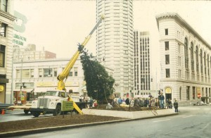 Placing the tree downtown at 4th and Stewart, Seattle
