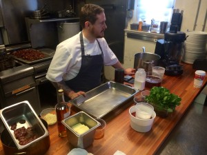 SPUR Gastropub chef Jeff Vance preparing recipe during Star Chefs video demo sponsored by Vitamix